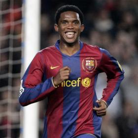 Samuel Eto'o podría estar fuera del Barça