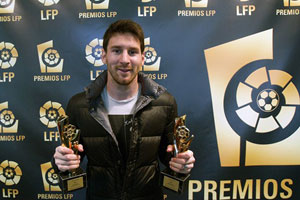messi picks up la liga best player award 2012