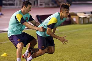 Messi and Neymar in training
